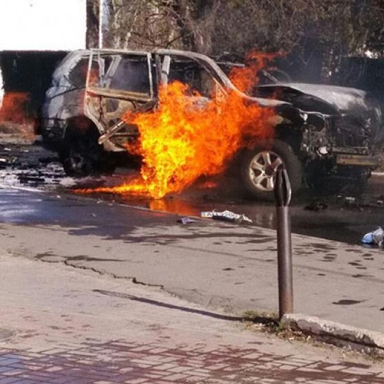 Підрив автомобіля полковника СБУ у Маріуполі: свідчення дав очевидець (відео)