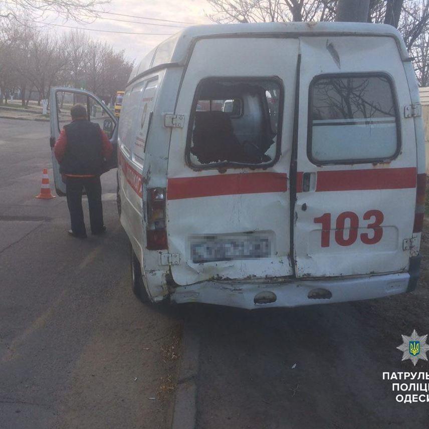 Моторошне ДТП за участі швидкої допомоги на Одещині