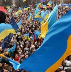 Журналіст назвав більшість українців сірою масою