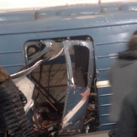 У метрополітені Санкт-Петербурга стався вибух,  10 людей загинули