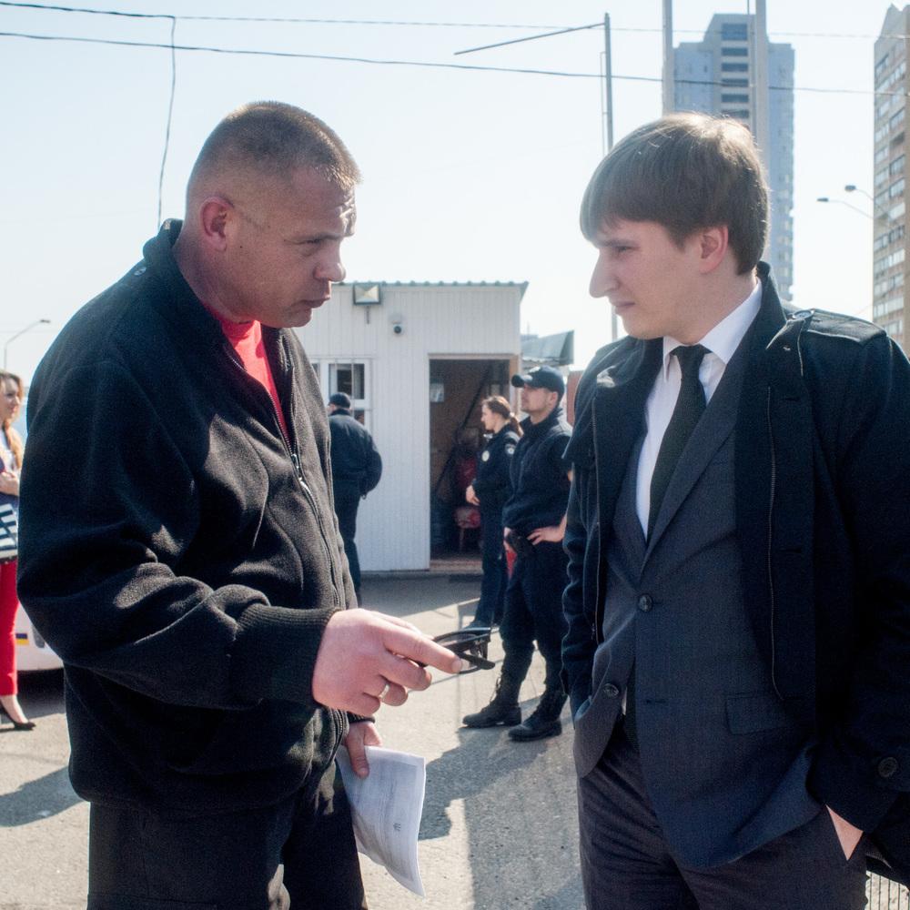 Володимир Бондаренко перевірив хід демонтажу незаконних автогазозаправних пунктів