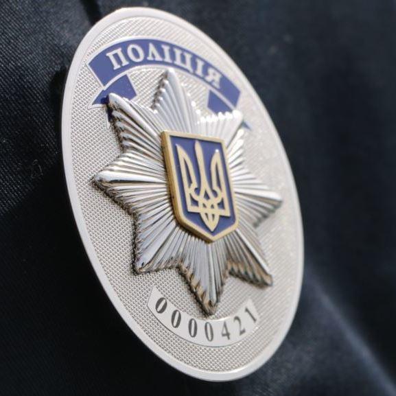 У Києві поліцейський одного із райвідділів погорів на хабарі
