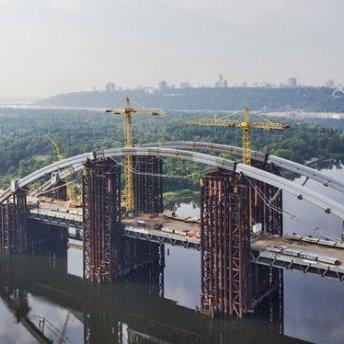 Київський міст на Троєщину стане зразком недбалого проектування для німецьких інженерів