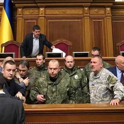 «Якщо вороги, які воювали проти України, можуть потрапити до парламенту - це означає що ми настільки окуповані, що не можемо собі уявити», - нардеп