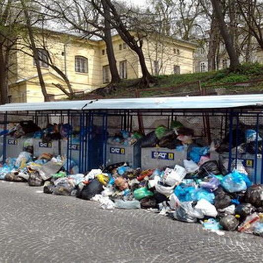 У Львові знову можуть оголосити надзвичайний стан через сміття