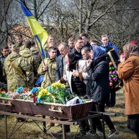 На Полтавщині попрощались з 21-річним бійцем АТО (фото)