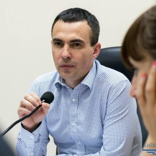Сергій Майзель: «Через кредит, який брали ще при Черновецькому, сьогодні в столиці може зупинитися метрополітен»