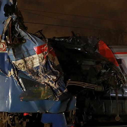 Жахлива аварія на залізниці у Москві: з'явилися фото