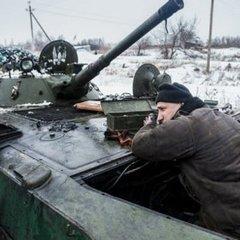 Новини АТО: українські військові не відкривають вогонь попри активні обстріли бойовиків