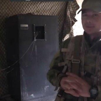 Українські десантники щовечора дражнять терористів гімном