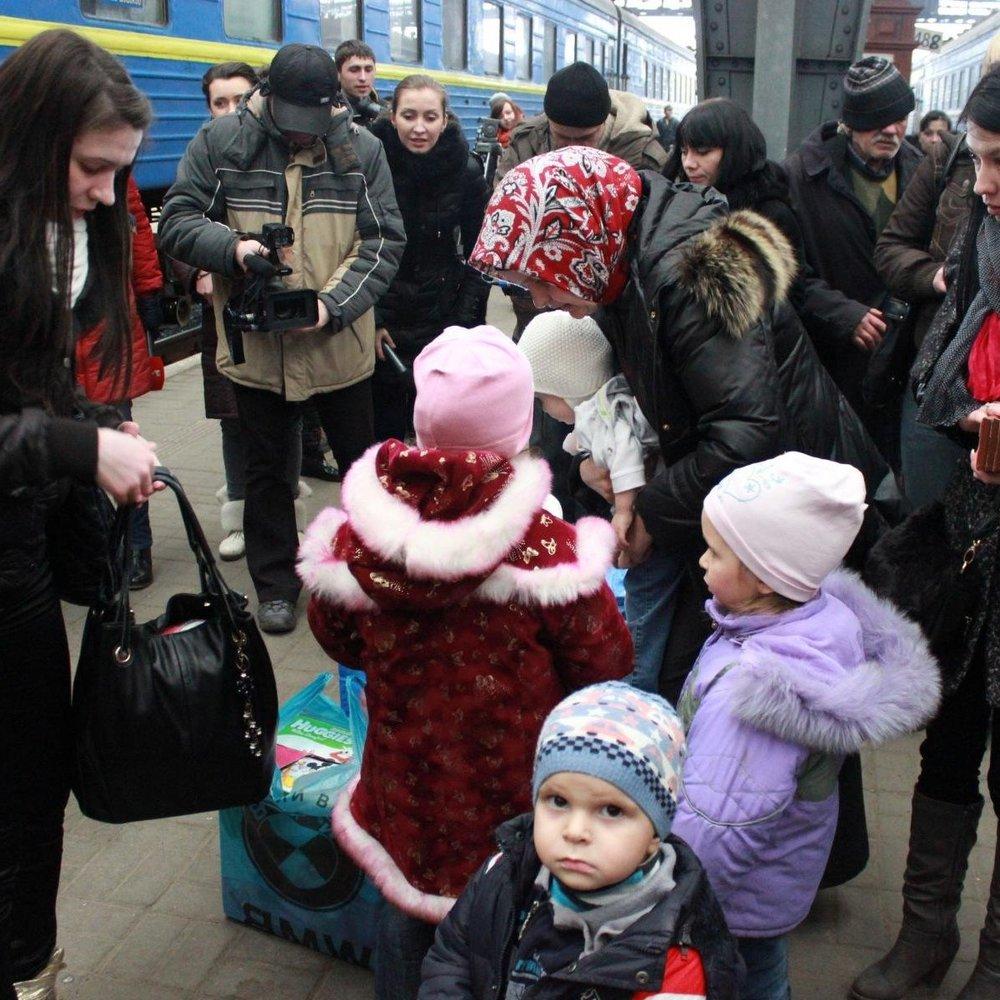 Переселенців із Донбасу та Криму офіційно поставлено на облік, - Мінсоцполітики