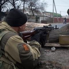 Бойовики обстрілюють українські позиції в районі Маріуполя, - штаб АТО