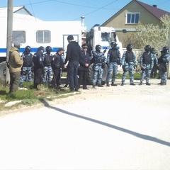 В Криму терористи незаконно арештували вісьмох кримських татар