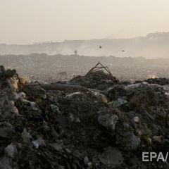 У Шрі-Ланці гора сміття накрила 40 будинків, шестеро людей загинуло