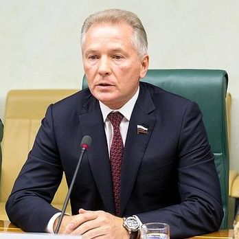 Російський сенатор задекларував 2,6 млрд прибутків, три квартири і чотири автомобілі