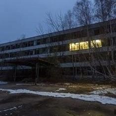 У Прип'яті засвітились вуличні ліхтарі і домівки (фото)