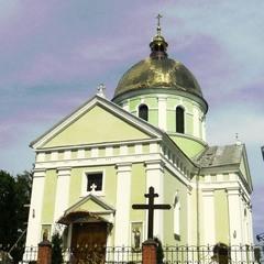 На Миколаївщині зловмисник вибув двері у церкву щоб поставити свічку