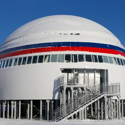 На сайті Міноборони Росії можна здійснити віртуальну екскурсію по військовій базі «Арктичний трилисник»