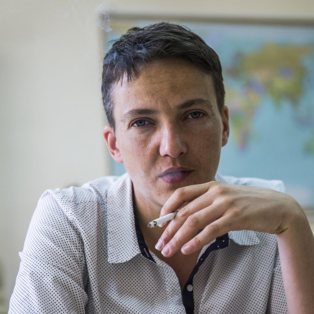 Надія Савченко у сукні в клітинку відсвяткувала Великдень (фото)