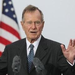 В США госпіталізували екс-президента Джорджа Буша