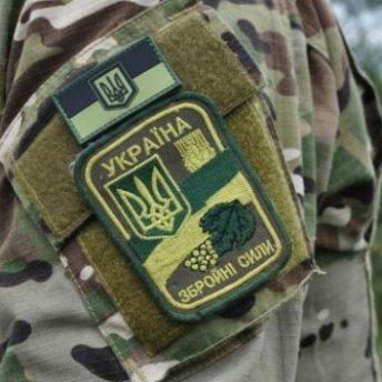 На Чернігівщині двоє військових постраждали через необережне поводження з боєприпасами