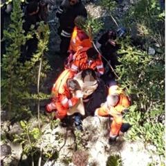 Мешканка Риму впала у Тибр, намагаючись зробити гарне селфи на мосту