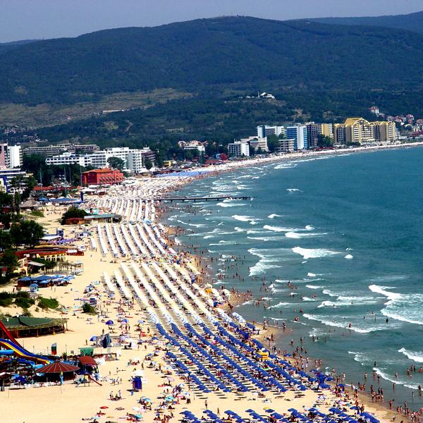 Названо найдешевший пляжний напрямок Європи