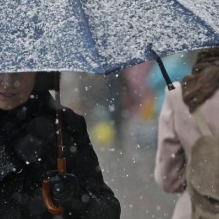 Вихідні в Україні пройдуть з дощами та мокрим снігом (карта)