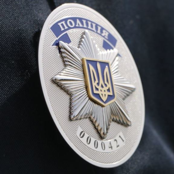 На Одещині прокурор порвав протокол і побився із поліцейськими (відео)