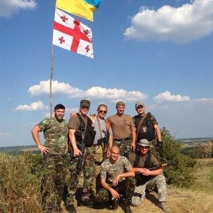 Чи мають право добровольці–іноземці, які захищають Україну, отримати статус учасників бойових дій? - відповідь Міноборони