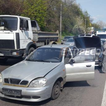 Кривава автокатастрофа в Румунії: є загиблі (фото)