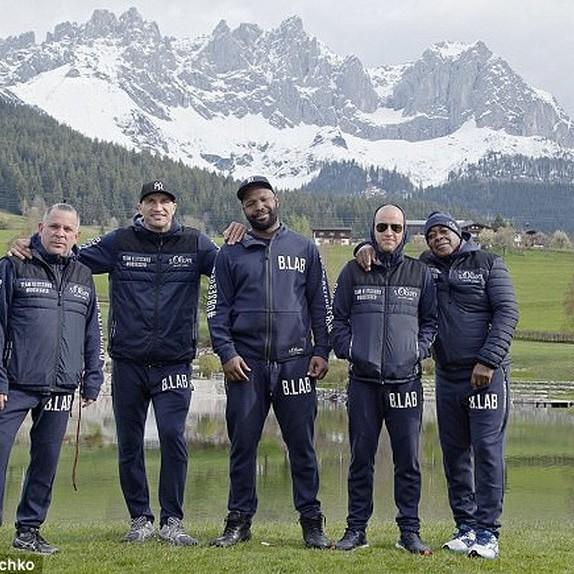 Кличко завершив підготовку до бою з Джошуа в австрійському Гоїнгу