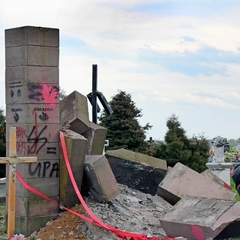 Україна направить Польщі ноту через руйнування українського пам'ятника – посол