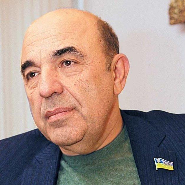 Експерт заявив, що уряд запозичив ініціативу Рабиновича про безкоштовні ліки