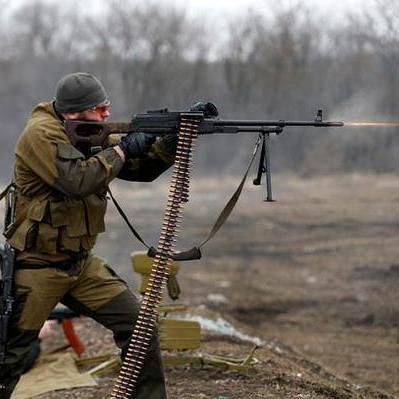 З мінометів, гранатометів та озброєння БМП ворог 19 раз за день обстріляв позиції українських бійців, - штаб