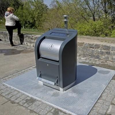У Києві встановлюють нові сміттєві контейнери. Презентація (фото, відео)