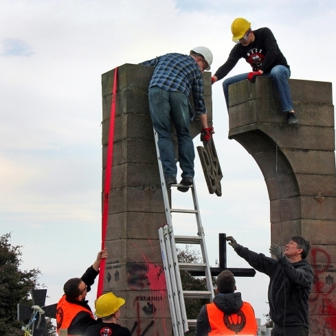 За три роки у Польщі осквернили 15 українських пам'ятників, в Україні – 4 польських
