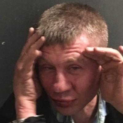 Стрілянина в супермаркеті Києва: з'явилися фото та відео затримання нападника
