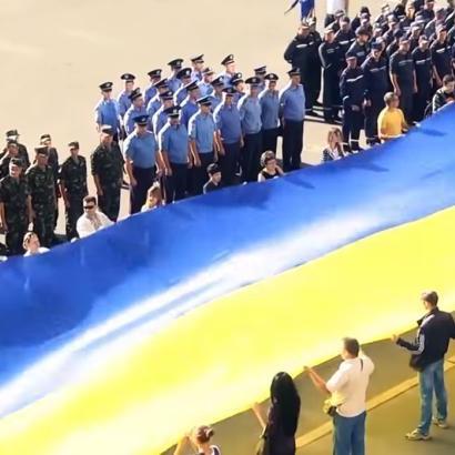 Співробітники СБУ Херсонської області зняли зворушливий кліп про Україну (відео)