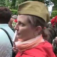 «Бажано російською в Києві розмовляти» - учасниця акції «Безсмертний полк» (відео)