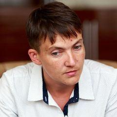 Савченко попросила Макрона посилити санкції проти Росії