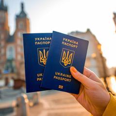 Президент України анонсував безвіз ще з низкою країн