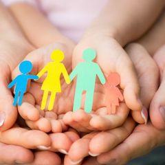Українська сім'я в США всиновила вісьмох дітей (відео)