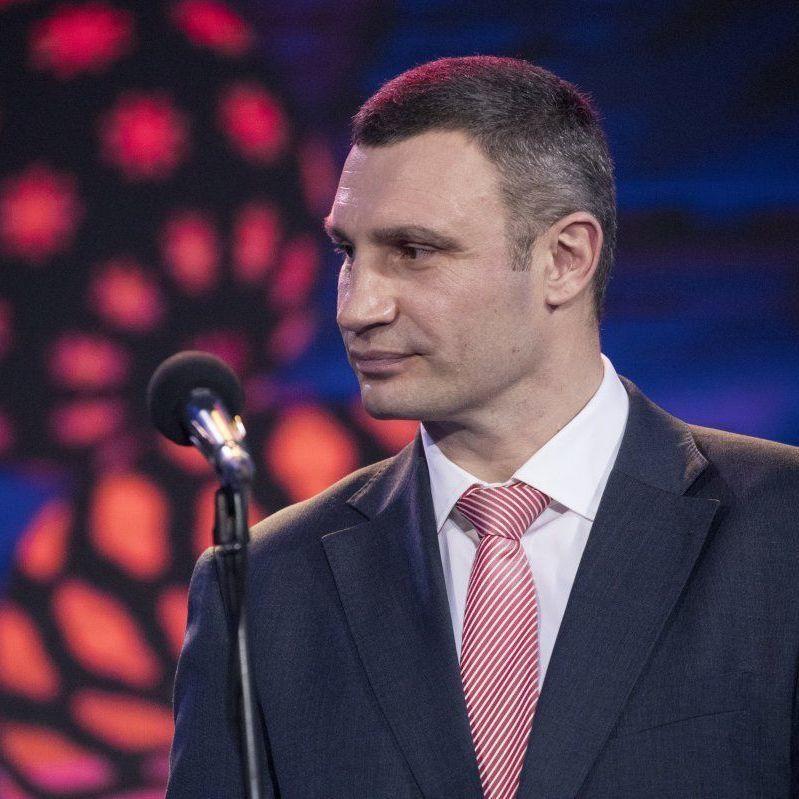 Мер Києва подякував волонтерам за відмінну роботу на Євробаченні