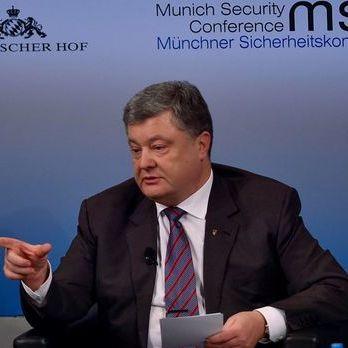 Порошенко: Із тими, хто пропонував забути про Донбас, мені не по дорозі