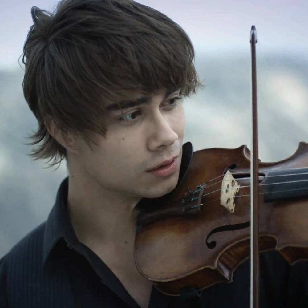 Переможець Євробачення 2008 виконав скрипковий кавер на пісню Сальвадора Собрала (відео)