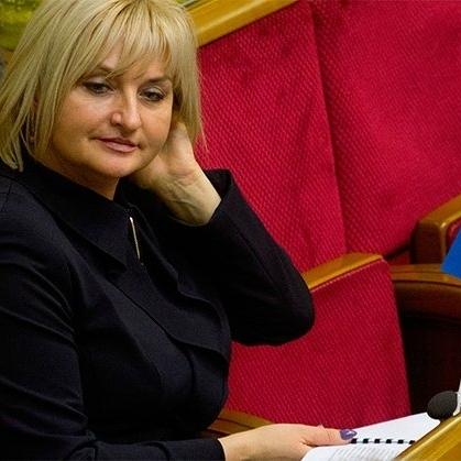 Дружина Луценка купила джип за декілька мільйонів гривень