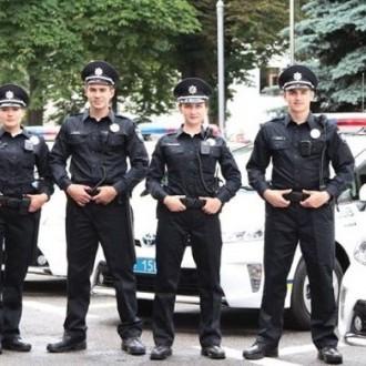Українській поліції потрібно 225 мільйонів гривень на літню форму, - повідомив Князєв