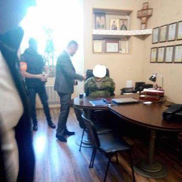 Чиновник із головного госпіталю Міноборони торгував довідками про непридатність (фото)