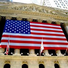 Фондові біржі Америки обвалюються: інвестори прагнуть відставки Трампа